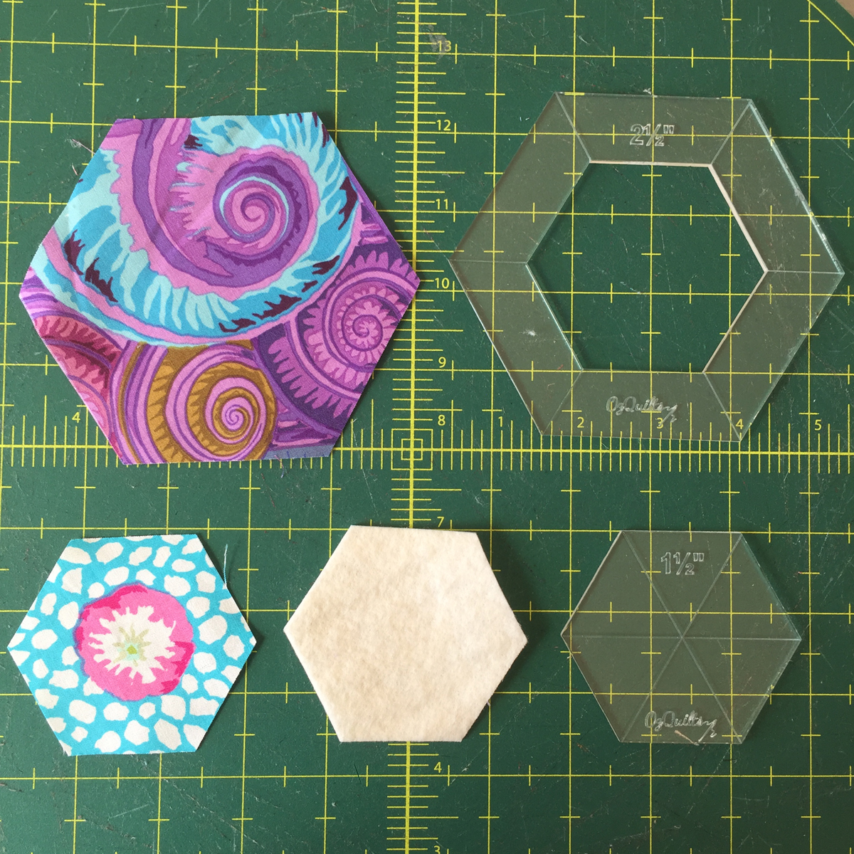 Cutting your Framed Hexagon Quilt Block