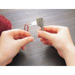 Clover Antique Yarn Threader