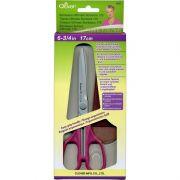 """Clover Bordeaux Ultimate Scissors 17cm (6 3/4"""") by Clover Scissors - OzQuilts"""