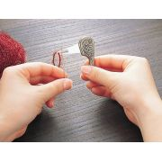 Clover Antique Yarn Threader by Clover - Needle Threaders & Cutters