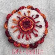 Sue Spargo Eleganza Perle 8 - Torch Lily (EZM 54) by Sue Spargo Eleganza Perle 8 - Sue Spargo Eleganza Perle 8
