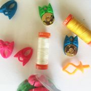 Bobbin & Spool Clamps 20 in a Jar by OzQuilts - Thread Accessories