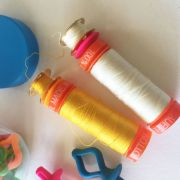 Bobbin & Spool Holders 20 in a Jar by OzQuilts - Thread Accessories