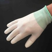 White Machine Quilting Gloves with Fingertip Grips by OzQuilts - Gloves