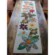 Flowering Wreath Quilt and Blossoms Table Runner Template Set by Freebird Quilting Designs by Free Bird Quilting Designs Creative Abundance Templates - OzQuilts