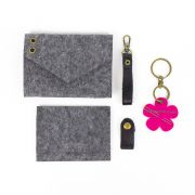 Aster & Anne Cardholder/ Needle Case Kit by Aster and Anne - Kits