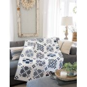 Blue & White Quilts: 13 Remarkable Quilts with Timeless Appeal by  Reproduction & Traditional - OzQuilts