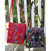 Messenger Bag Pattern by Wendy Williams by Wendy Williams of Flying FIsh Kits - Wendy Williams