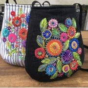 Wildflower Bags Pattern by Wendy Williams by Wendy Williams of Flying FIsh Kits - Wendy Williams