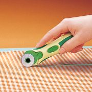 Clover 28mm Rotary Cutter by Clover - Rotary Cutters