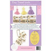 Tiny Tassel Tool by Susan Bates - Tassel Makers