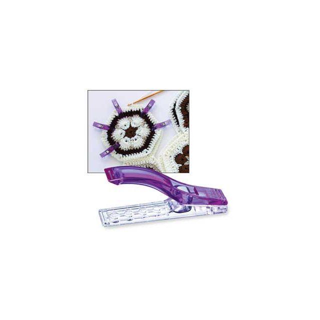 Clover Knitting & Crochet Jumbo Wonder Clips, 12 Jumbo Clips by Clover Wonder Clips & Hem Clips - OzQuilts