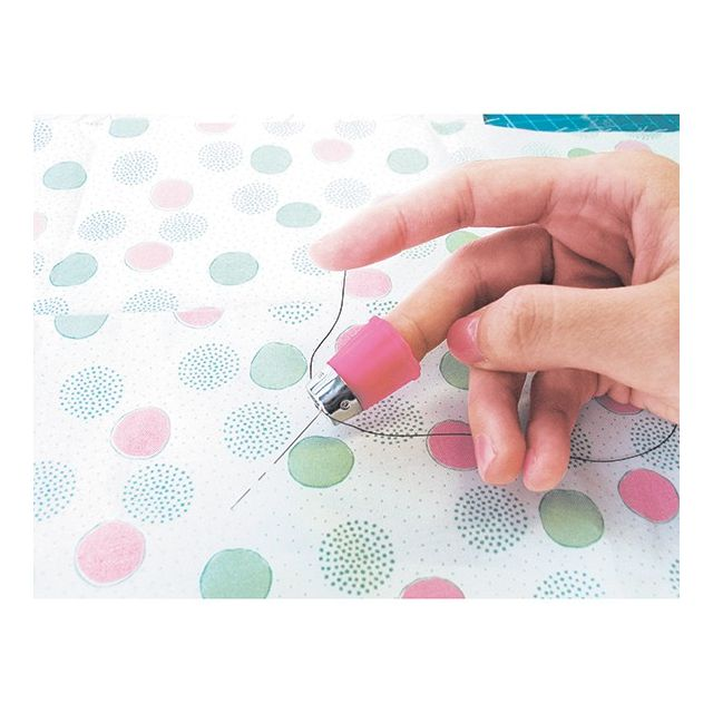 Clover Protect and Grip Thimble Small by Clover - Thimbles
