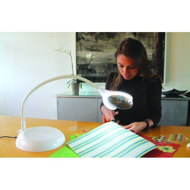 Daylight MAGnificent Floor & Table LED Magnifying Lamp by Daylight Lamps & Magnifiers