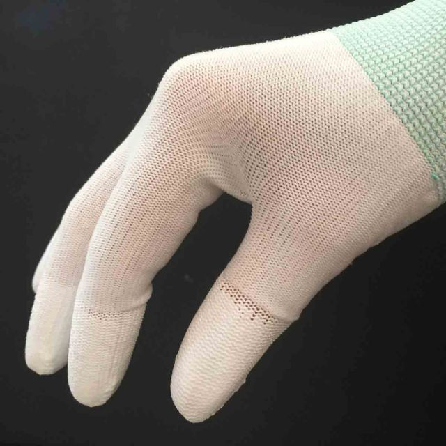White Machine Quilting Gloves with Fingertip Grips by OzQuilts Gloves - OzQuilts