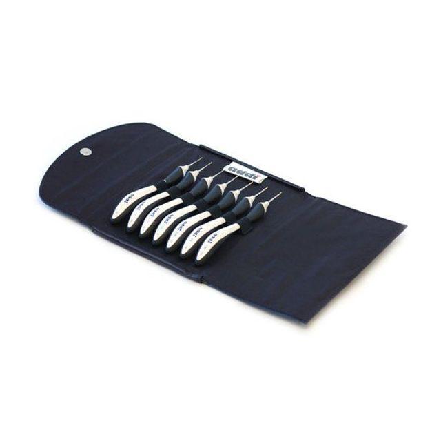 Addi Swing Fine Crochet Hook Set in Case - 7 Hooks from 0.5mm to 1.5mm by Addi Addi Crochet Hooks - OzQuilts