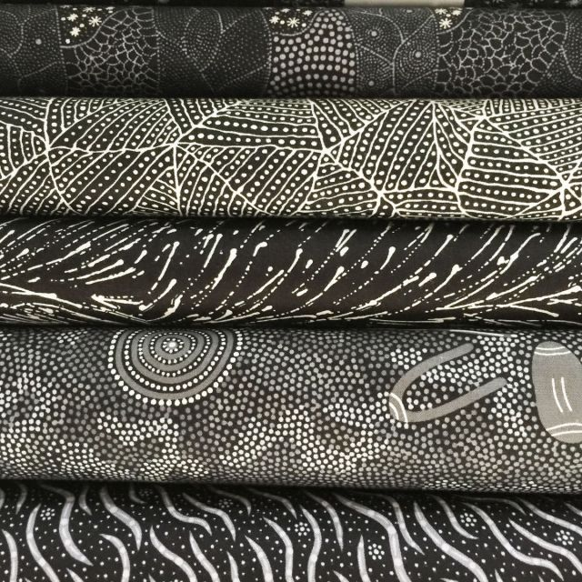 Aboriginal Art Fabric 20 Fat Quarter Bundle P by M & S Textiles Fat Quarter Packs - OzQuilts