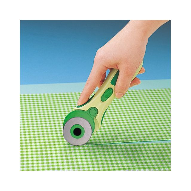 Clover 45mm Rotary Cutter by Clover - Rotary Cutters